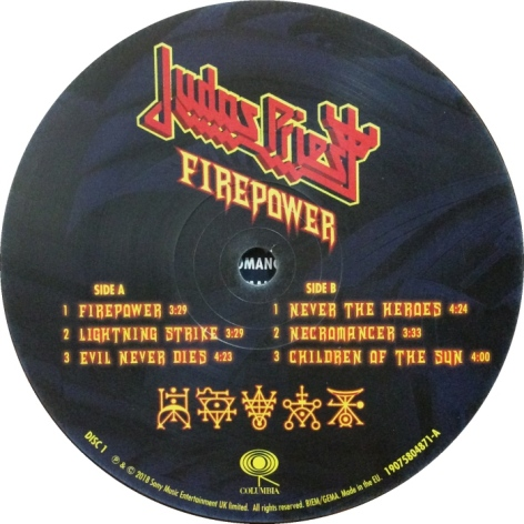 judas-priest-firepower-6-ab
